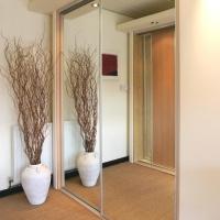 m-mirror-wardrobe